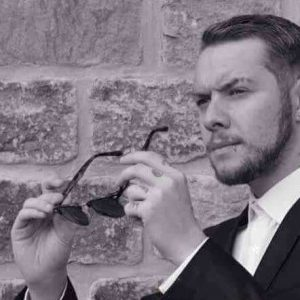 Arron Burdon Male Vocalist Tricks Of The Trade