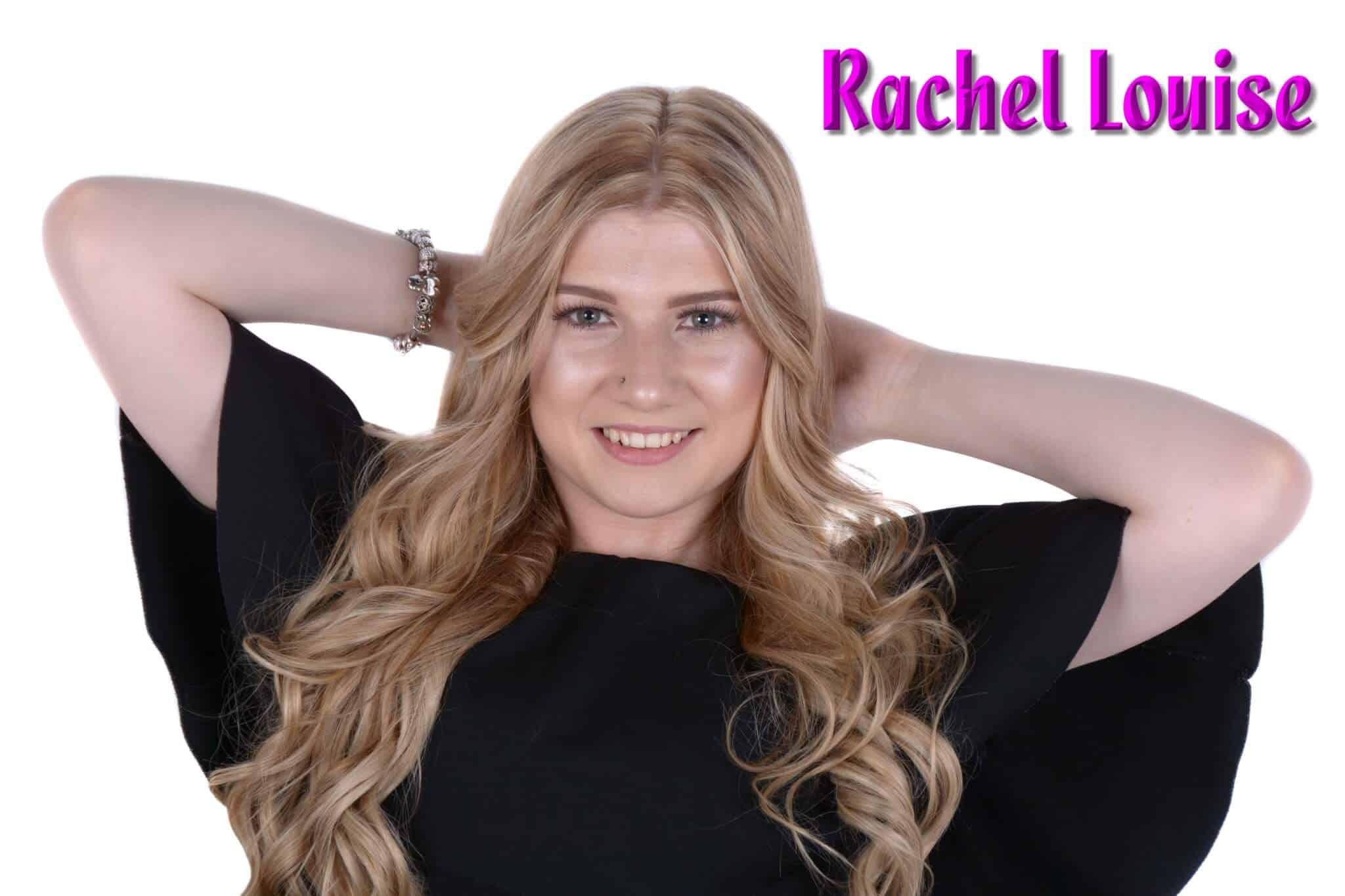 Rachel no mic